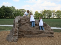 nicros-climbing-wall-indianapolis-parks-rec-bel-aire-2