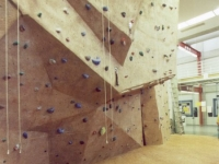 nicros-climbing-wall-iowa-state-university-2