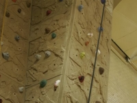 nicros-climbing-wall-reynolds-middle-school-3