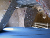 nicros-climbing-wall-ve-st-paul-6